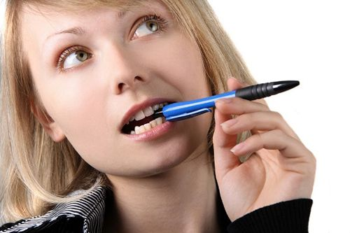Bọc răng sứ kim loại thường có hại gì không?