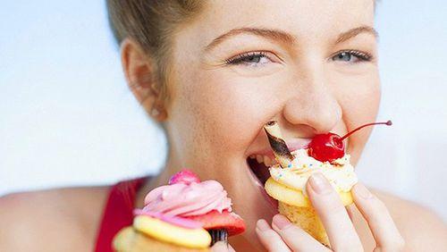 Có nên cạo vôi răng khi đang mang thai không?